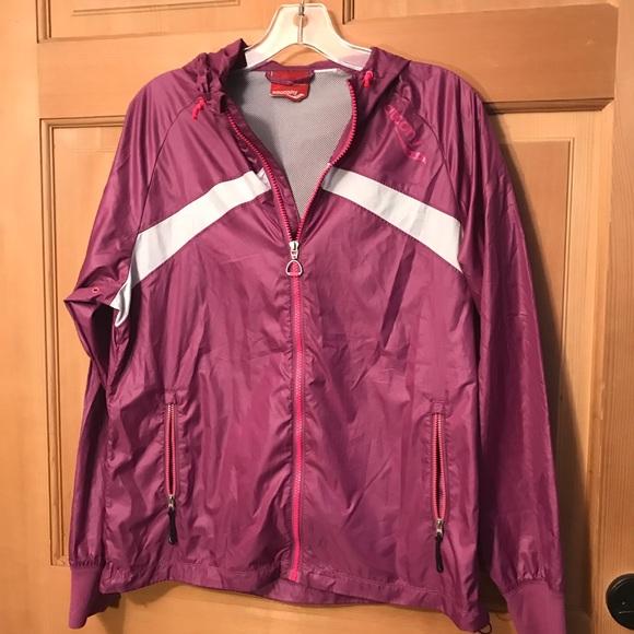 Saucony Jackets & Blazers - Saucony windbreaker jacket m